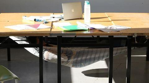 Az íróasztalod alatt is pihenhetsz mostantól – fotó
