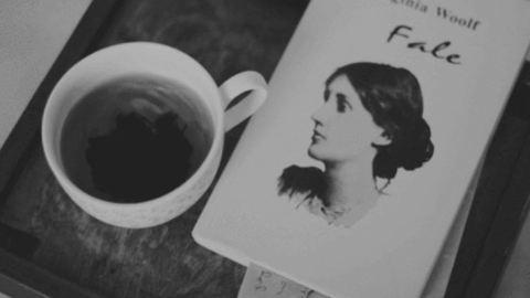 """""""Ha nem tudsz őszintén beszélni magadról, akkor más emberekről sem tudsz"""" – 75 éve halt meg Virginia Woolf"""