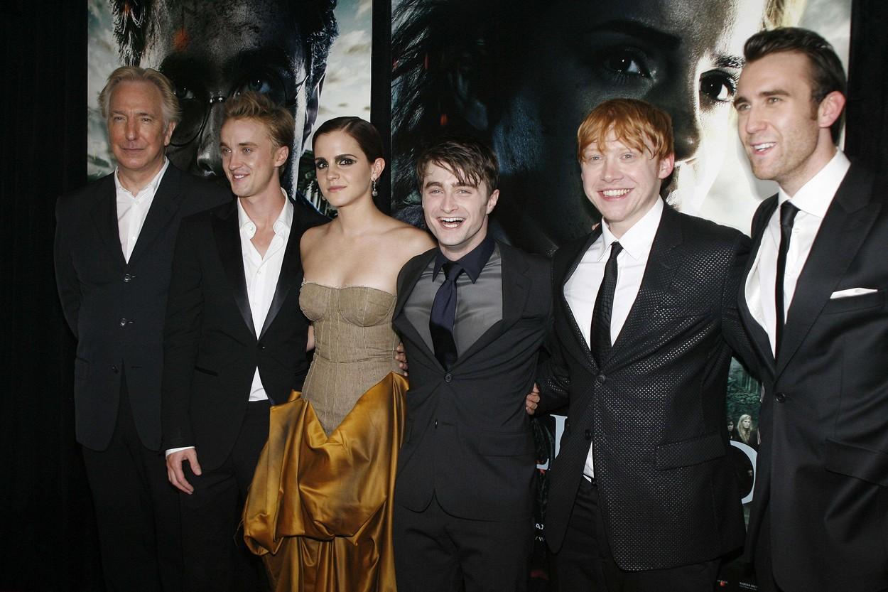 Daniel Radcliffe megható fotót posztolt a Harry Potter stábjáról