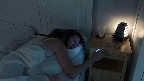 4 dolog, amit ne csinálj a lefekvés előtti két órában!