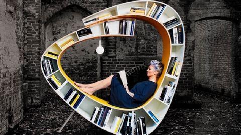 Az olvasás szerelmesei imádni fogják ezt a könyvespolc-fotel hibridet