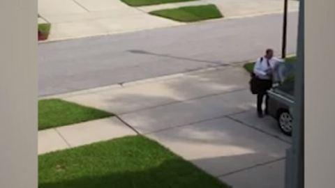 Zseniális április tréfát eszelt ki anya és fia az apuka ellen – videó