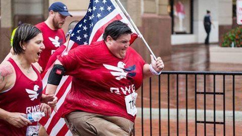 Futóversenyeken vesz részt a 250 kilós férfi
