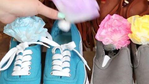 Vége a szagos cipőknek: íme a csináld magad cipőillatosító