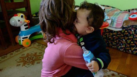 Egyedülálló anya vagyok, két örökbefogadott roma kisgyerekkel