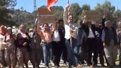 Feleségért tüntettek a férfiak