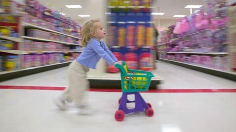Vasárnapi nyitva tartás: megmondjuk, hol fogsz vásárolni most vasárnap – kvíz