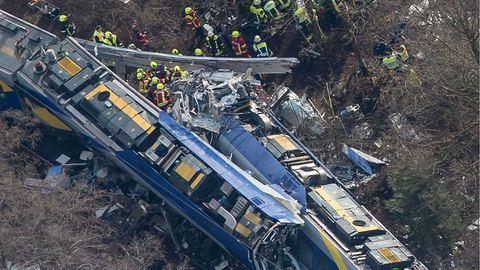 Németországi vonatbaleset: a mobilján játszott a tragédia előtt a forgalomirányító