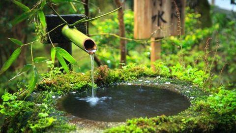 Ötletes kerti csobogók és kutak