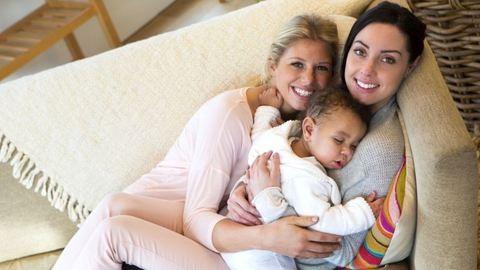 Leszbikus nők által nevelt gyerekeket vizsgáltak – íme az eredmény!