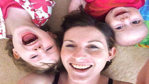 Az élete és a kisbabája között kellett választania – így döntött az anyuka