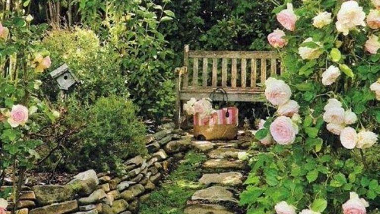 Enyhet adó kerti pihenők
