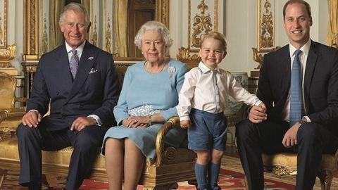 Látnod kell a cuki György herceg első bélyegképét