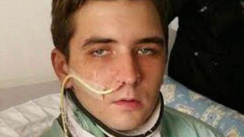 Meglepő kéréssel fordult anyjához a fiú, miután felébredt a kómából