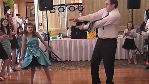 Ezt a csodás apa-lánya táncot senki sem feledi