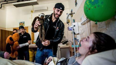 Hokisaink jótékonykodtak a gyerekkórházban – képek