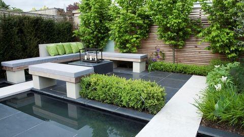 Kis helyen is lehet szép kerted