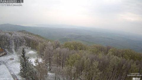 Így havazott ma a Kékesen – videó