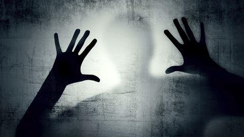 17 éves lányt erőszakoltak meg a Balatonnál