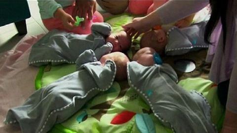 Heti 350 pelenkát cserél az ötgyerekes anyuka