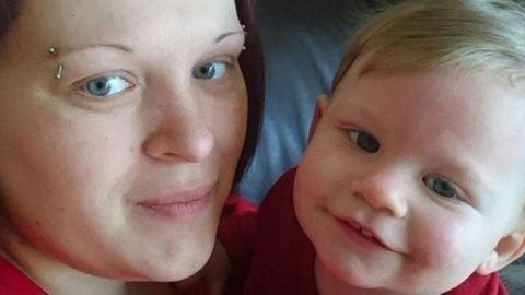 Szabályosan kidobták a kórházból a várandós nőt és megégett gyermekét