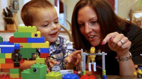 Mivel játsszon a gyerek? – 10 hasznos tipp játékvásárláshoz