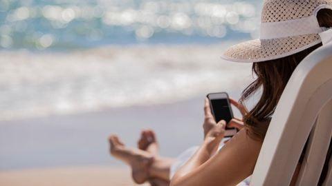 Mától még olcsóbbak a roamingdíjak