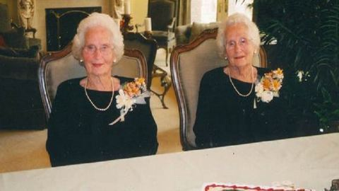 100 évesek lettek az egypetéjű ikernénik – képek
