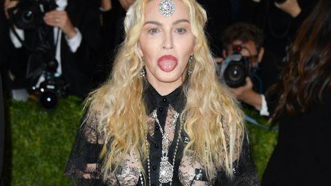 Madonna bimbótapasza és világító feneke – ez mindent vitt a Met-gálán
