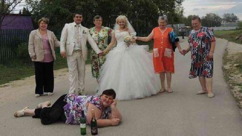 Az orosz esküvői fotók gyöngyszemein te is szakadni fogsz!