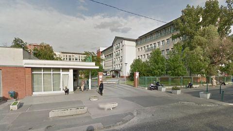Rátámadt egy beteg az ápolónőkre egy budapesti kórház zárt osztályán