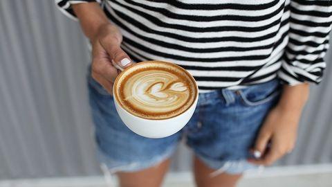 Újabb bizonyíték, hogy a kávé és a bor jót tesz az egészségnek
