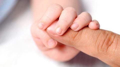 Egyre több gyerek él gyermekotthonban vagy nevelőszülőknél