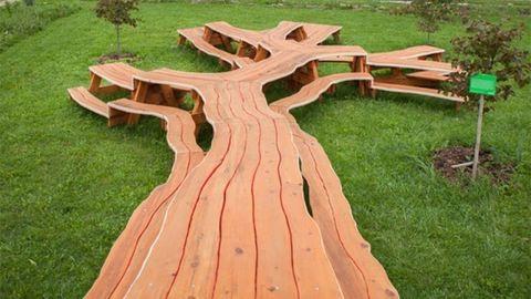 Fantasztikus asztalok fából – fotók