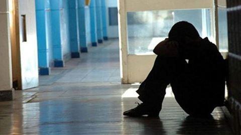 Tornatanár molesztálhatott egy diáklányt Sopronban