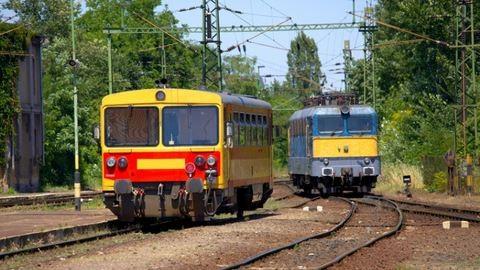 Így változik a vasúti menetrend a pünkösdi hétvégén
