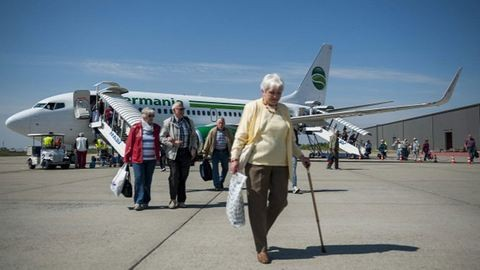 Debreceni reptér: elindultak a chartergépek