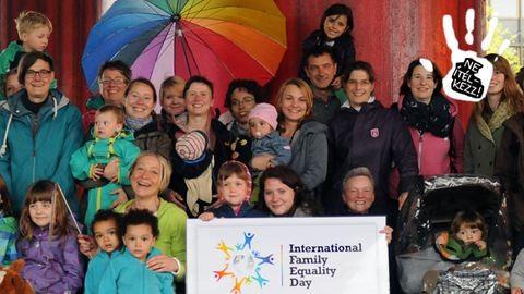 Homoszexuális vagy és magyar? Így válhatsz szülővé hazugságok nélkül!