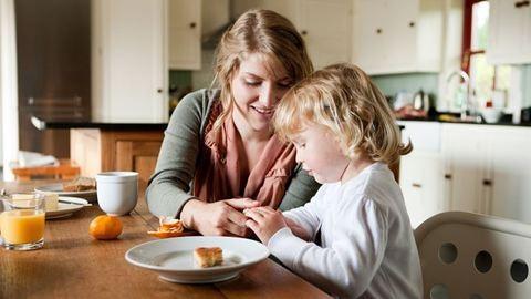 6 mondat, amit ne mondj a pénzről egy háztartásbeli anyának