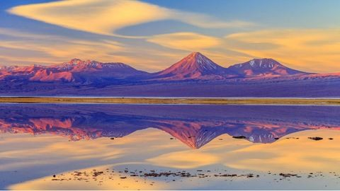 Szivárványszínű talaj, rózsaszín tavak – 7 mesebeli hely, ami tényleg létezik a Földön