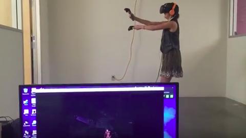 Tényleg halálra rémült a nő, aki virtuális valóságban ölte a zombikat