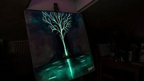 Ezekben a festményekben sötétben is gyönyörködhetsz