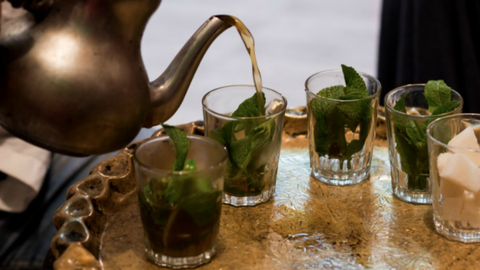 Így néz ki a tea a különböző nemzeteknél – fotók