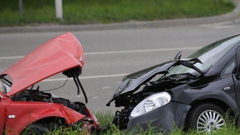 Baleset: meghalt egy motoros, 2 súlyos és 4 könnyű sérült is van