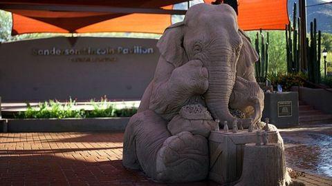 Hinnéd, hogy ez a szobor homokból készült?