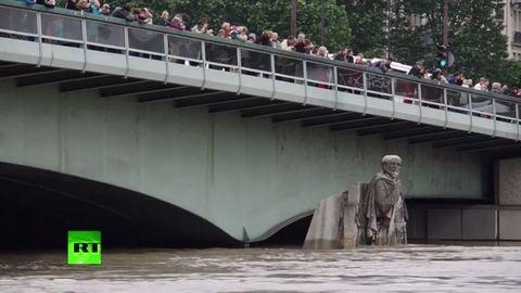Árvíz Franciaországban: 1 perces videó a fenyegető áradásról