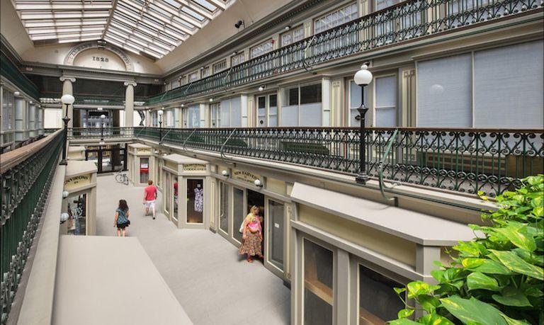 Társasházzá alakították Amerika legrégebbi áruházát