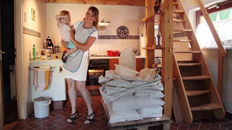 A siker titka a sikér – egy kétgyermekes anyuka, aki saját őrlésű tönkölyből készít kenyeret