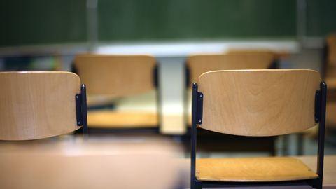Sok a probléma a túlkoros gyerekekkel az általános iskolákban