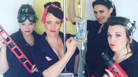 Megható dolgot tettek a barátai a daganatos nőért